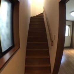 1階から2階への階段 / ( 内装 )