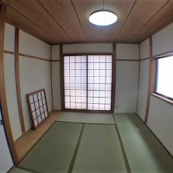 1階6.7帖の和室 / ( 内装 )